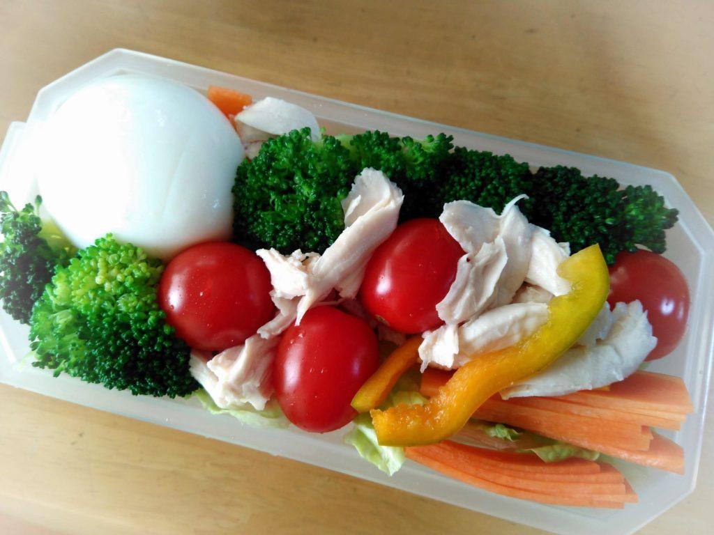 お弁当の野菜