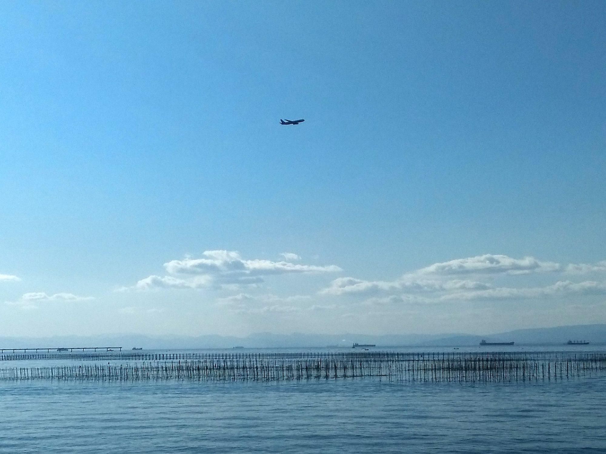海と飛行機2