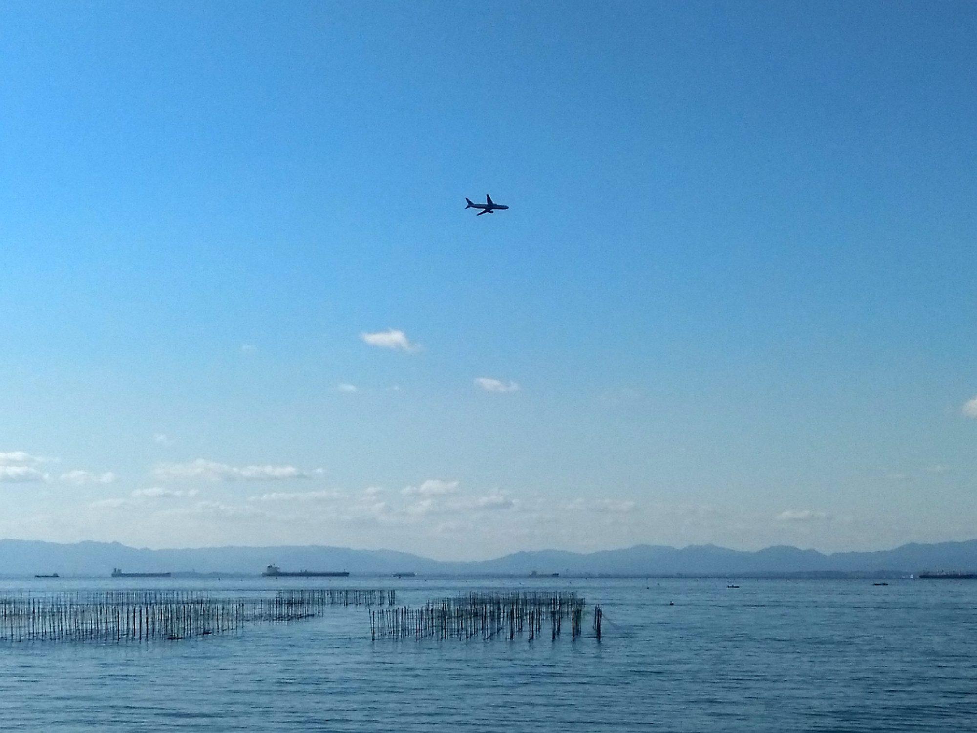 海と飛行機1
